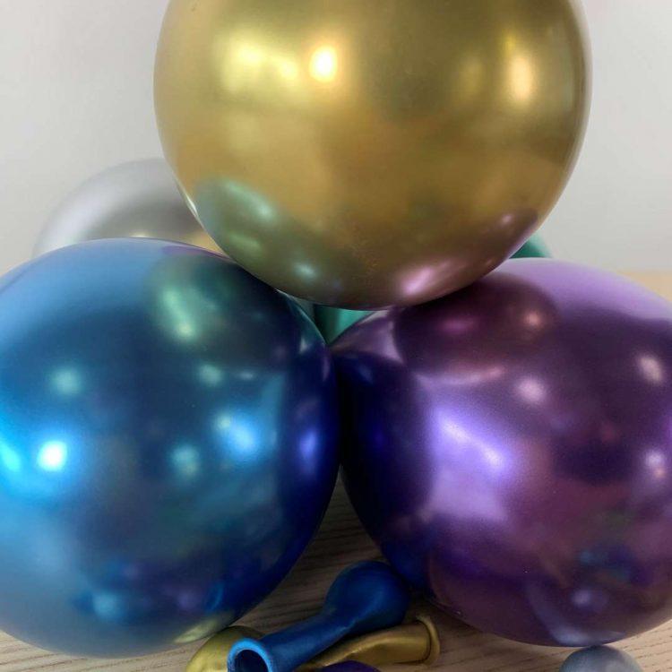Petits Ballons Brillant Assortis 13cm