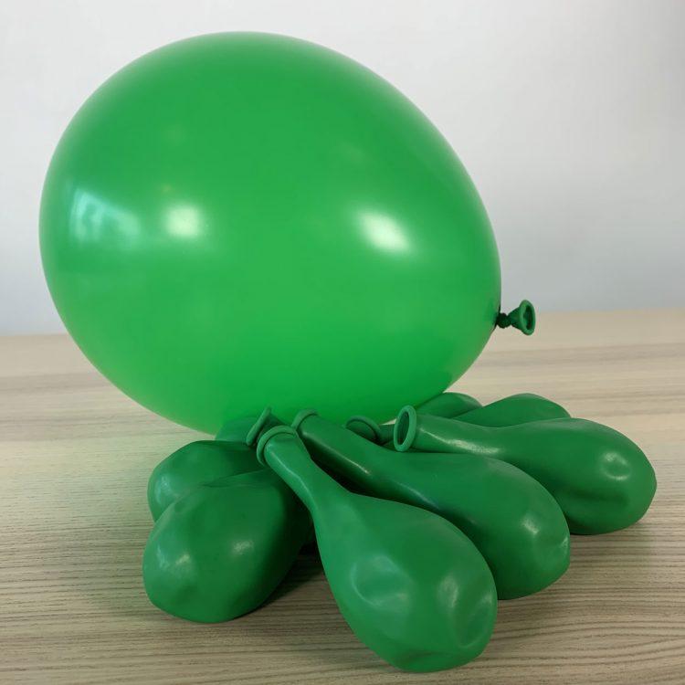 ballons 30cm vert gonflé