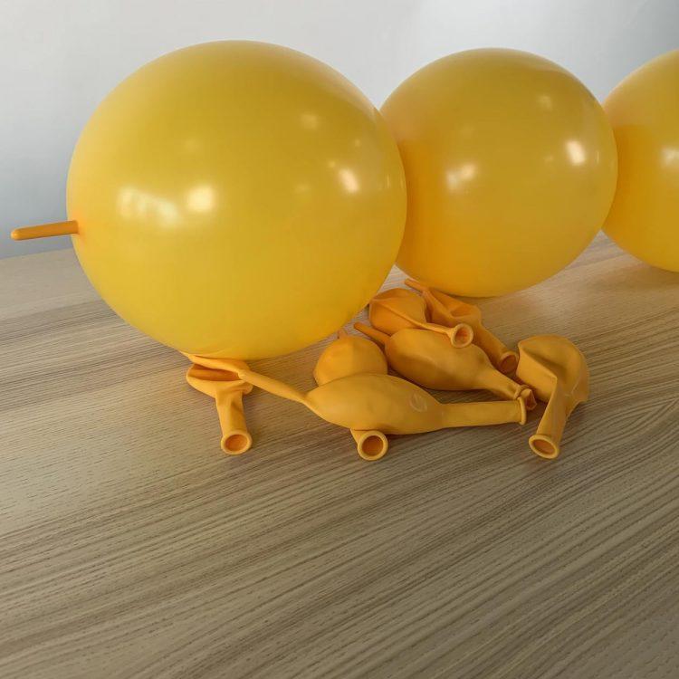 guirlande construction jaune or 30 cm