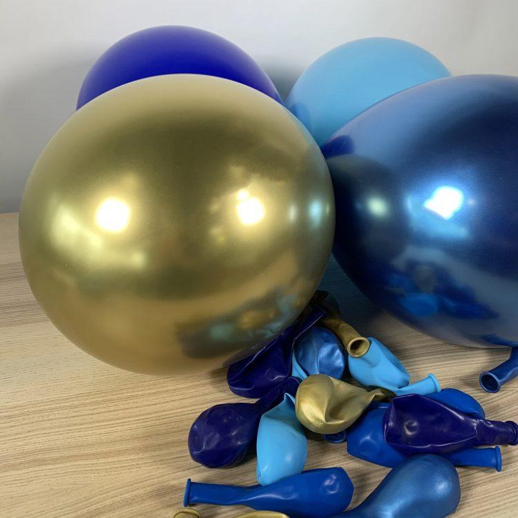 20 ballons 30cm gonflé bleu et or
