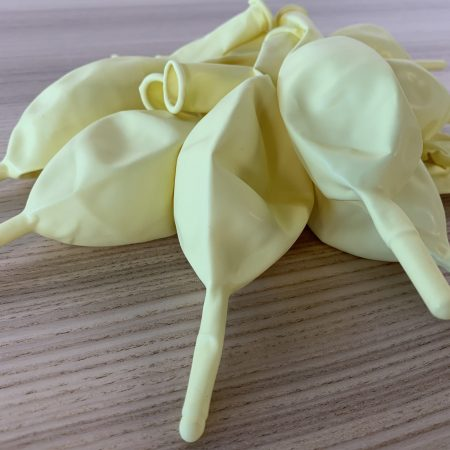 10 ballons construction ivoire